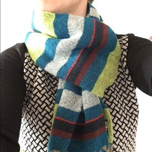 BDG long scarf. NWTO